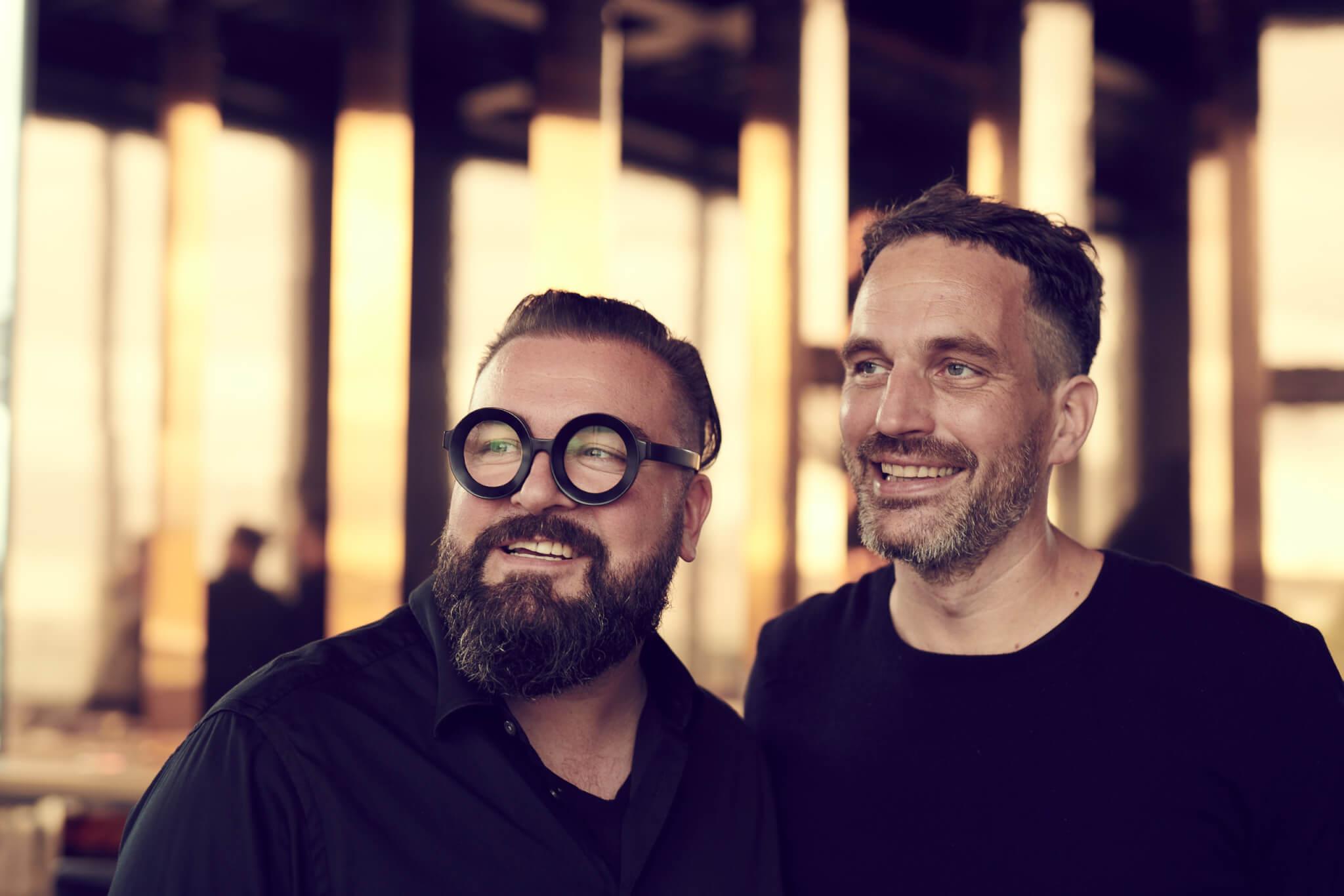 Sebastian Blancke und Mathis Malchow in der 260 Grad Bar
